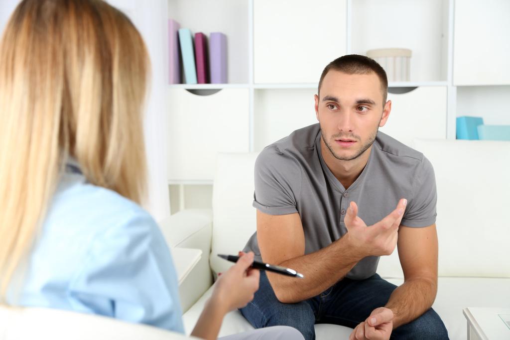 Что такое хроническая депрессия, ее симптомы и способы лечения