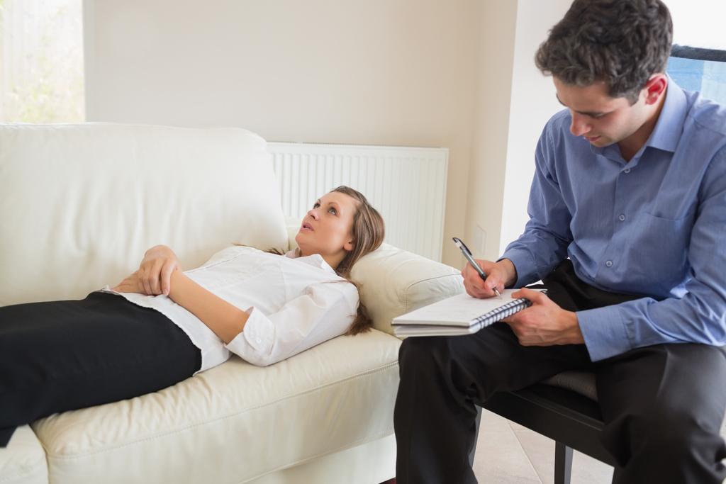 Психиатр о том, как выбрать способ лечения депрессии