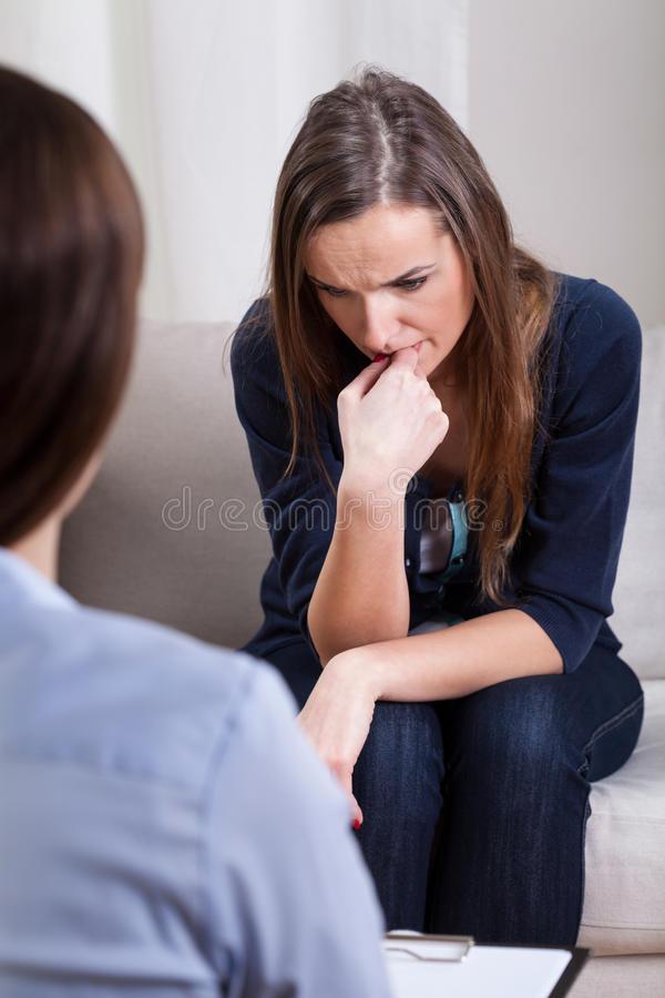 Медикаментозное лечение депрессии: с помощью каких препаратов и витаминов можно выйти из этого психического расстройства, избавиться от него, схема приема