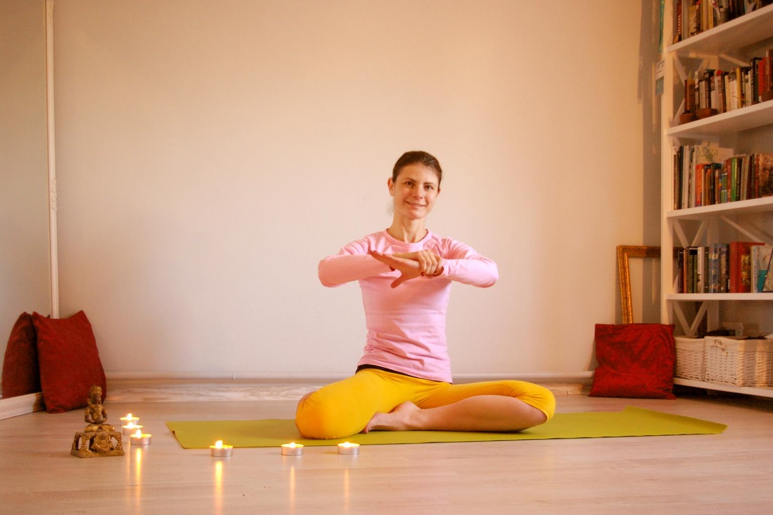 Лечение бессонницы и нарушения сна. йога как лекарство от бессонницы | smartyoga: йога для здоровья и йогатерапия в москве