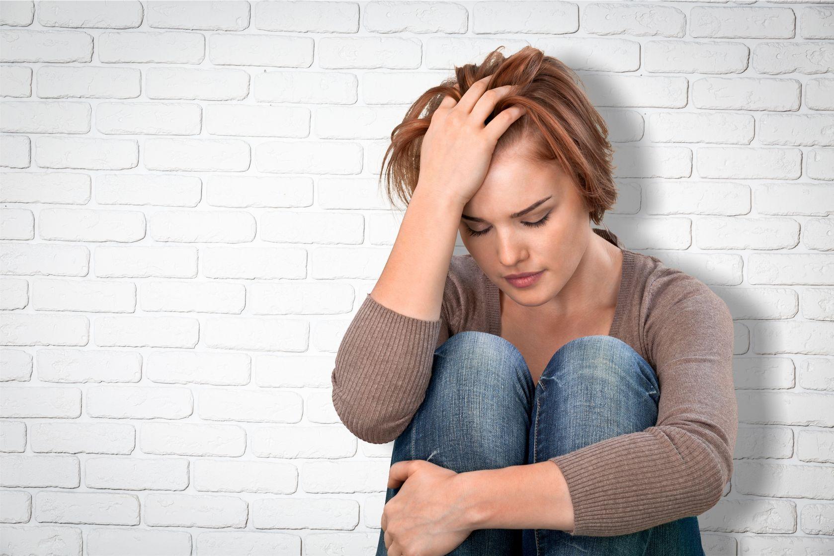 Выход из депрессии - антидепрессанты, помощь психотерапевта, как вылечить депрессию,