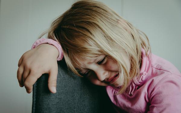 Признаки депрессии у подростков: симптомы, как помочь, как выйти самостоятельно