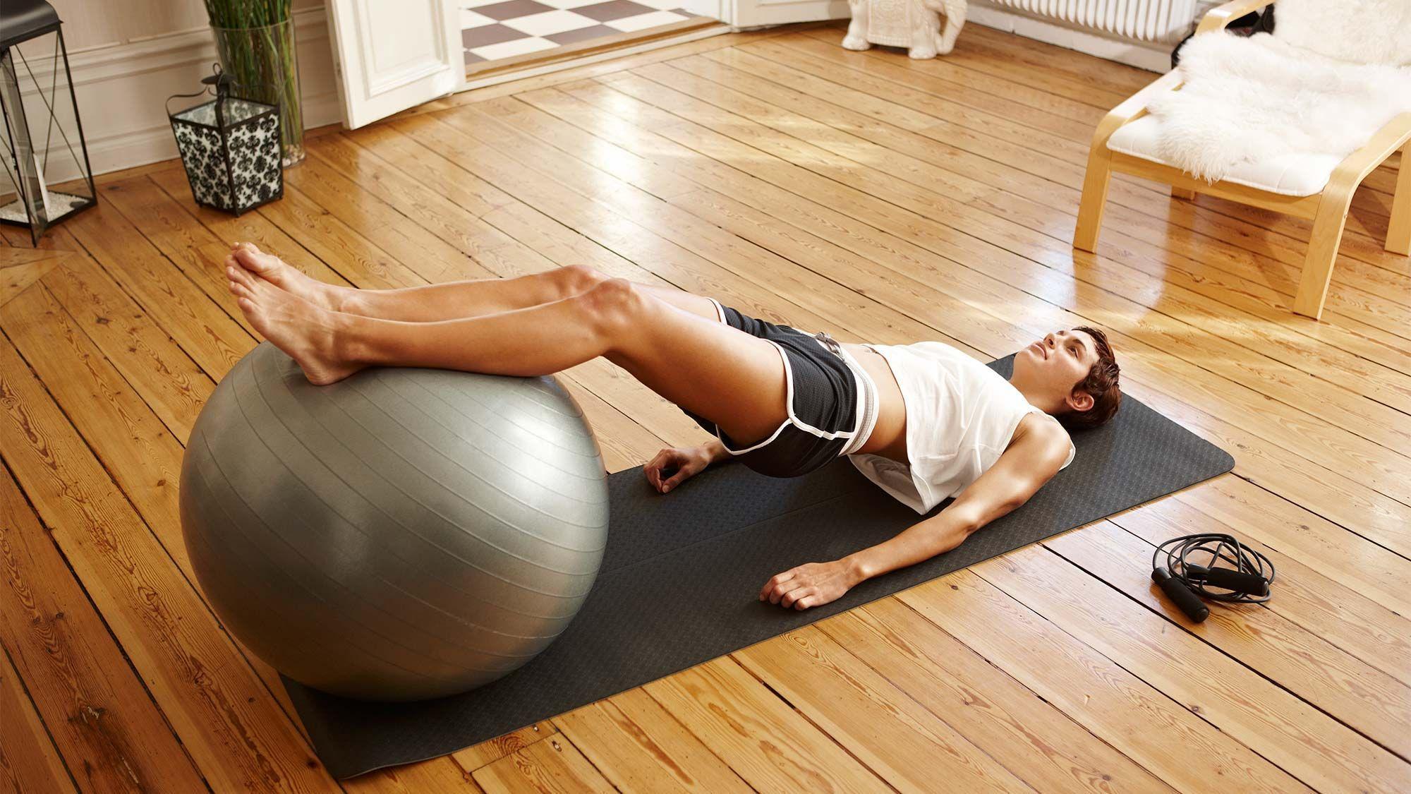 Йога от депрессии и стресса: упражнения для самостоятельного выхода, видео