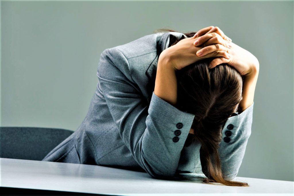 Апатия - причины, симптомы, лечение, как бороться с апатией