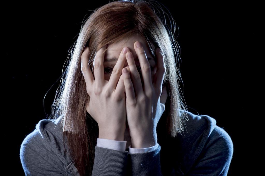 Затяжная депрессия: признаки, лечение и последствия