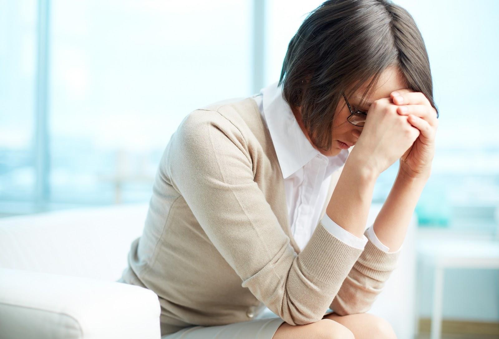 Хроническая депрессия - причины, симптомы, лечение, видео