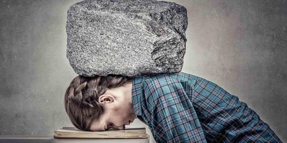 Как вывести мужа из депрессии: 4 причины, 6 советов.