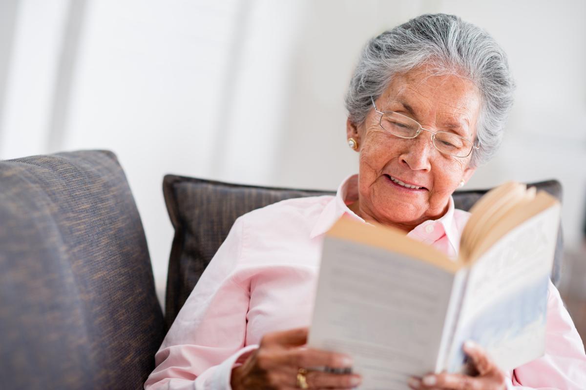 Депрессия у пожилых людей: симптомы, лечение и можно ли бороться самостоятельно в пожилом возрасте