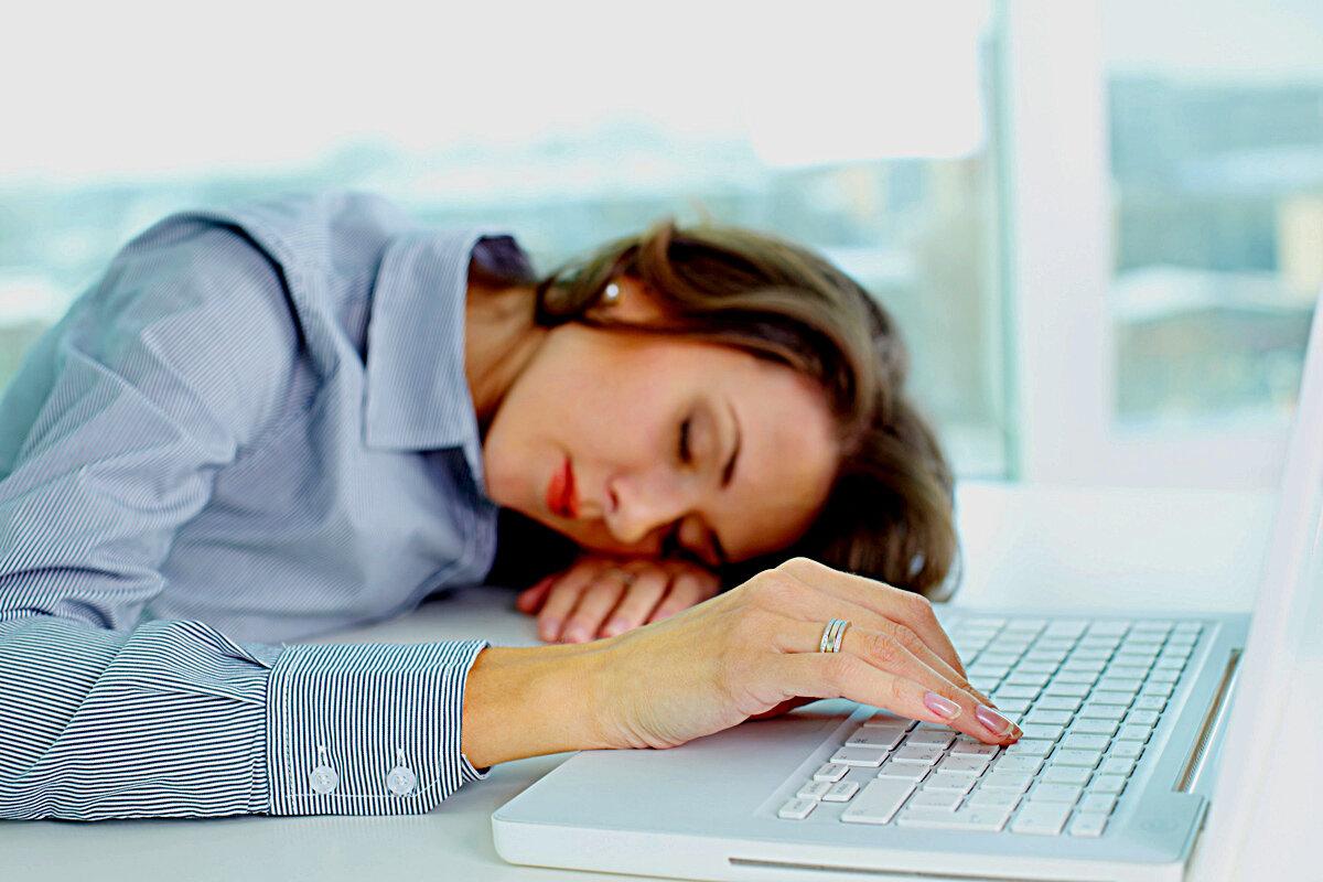 Астеническая депрессия: симптоматика и причины развития